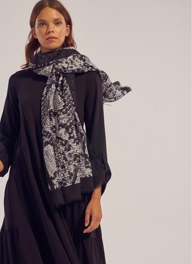 Monamoda Yılan Desenli Şal Siyah